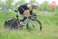 TRIATHLON: HEERENVEEN: 23-05-2015, CLAFIS Triathlon Heerenveen, Olympische klasse, Stefan van der Pal (#1), ©foto Martin de Jong