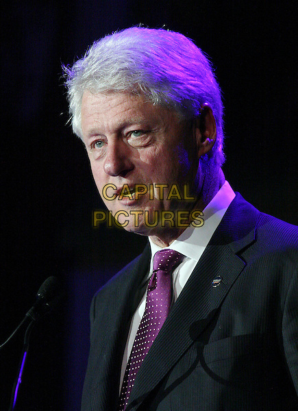 BILL CLINTON.Former President William J. Clinton speaks at the Clinton Foundation Gala at the American Museum of Natural History, New York, NY, USA, 28 October 2006..portrait headshot funny face mouth.Ref: IW.www.capitalpictures.com.sales@capitalpictures.com.©Ian Wilson/Capital Pictures
