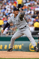 Seattle RHP Cha Seung Baek starts against the Royals at Kauffman Stadium in Kansas City, Missouri on May 26, 2007.  The Mariners won 9-1.