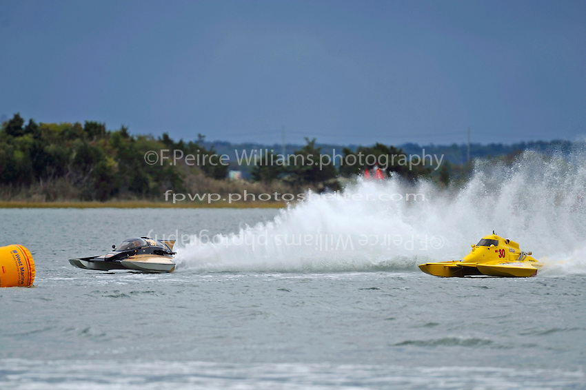"Chuck Miller, Jr., NM-200 ""Mrjr's Lauterbach Special"" and Thom Heins, NM-30 ""Pennzoil Big Bird"" (National Mod hydroplane(s)"