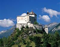 Schweiz, Graubuenden, Unterengadin, Schloss Tarasp  | Switzerland, Graubuenden, Lower Engadin, Castle Tarasp