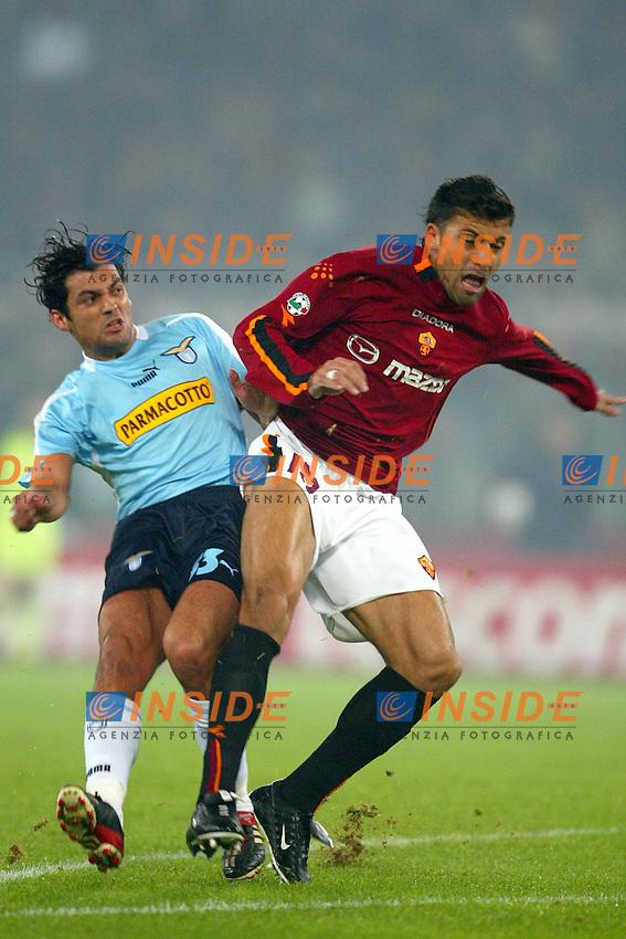 Roma 9/11/2003 <br /> Roma Lazio 2-0 <br /> Sergio Conceicao (Lazio) e Walter Samuel (Roma)<br /> Foto Andrea Staccioli Insidefoto
