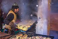 Europe/Allemagne/Bade-Würrtemberg/Forêt Noire/Ettlingen: Le Marché de Noël - Stand proposant des Flammekueche