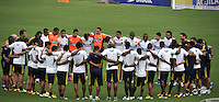 BARRANQUILLA, COLOMBIA - 21-03-2013: Los jugadores de la Selección Colombia durante entreno en Barranquilla, marzo 21 de 2103. El equipo colombiano se prepara en Barranquilla para los partidos contra Bolivia el 22 de marzo y Venezuela el 26 de marzo, partidos clasificatorios a la Copa Mundial de la FIFA Brasil 2014. (Foto: VizzorImage / Luis Ramírez / Staff). The players of the Colombian national team during a training session in Barranquilla on March 21, 2012. The Colombia team prepares for the games against Bolivia next March 23 and Venezuela on March 26, games qualifying for the FIFA World cup Brazil 2014. (Photo: VizzorImage / Luis Ramirez/ Staff)
