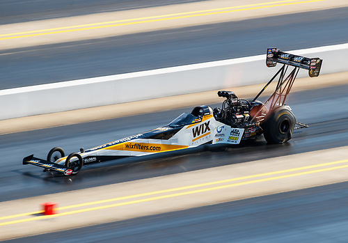 NHRA Mello Yello Drag Racing Series<br /> NHRA Carolina Nationals<br /> zMAX Dragway, Concord, NC USA<br /> Saturday 16 September 2017 Shawn Langdon, WIX Filters, top fuel dragster<br /> <br /> World Copyright: Mark Rebilas<br /> Rebilas Photo