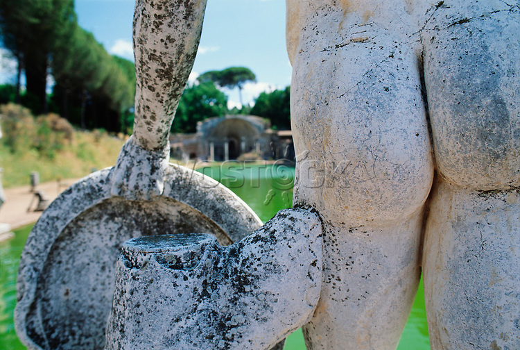 Bust of Mars at Hadrian s Villa, close up