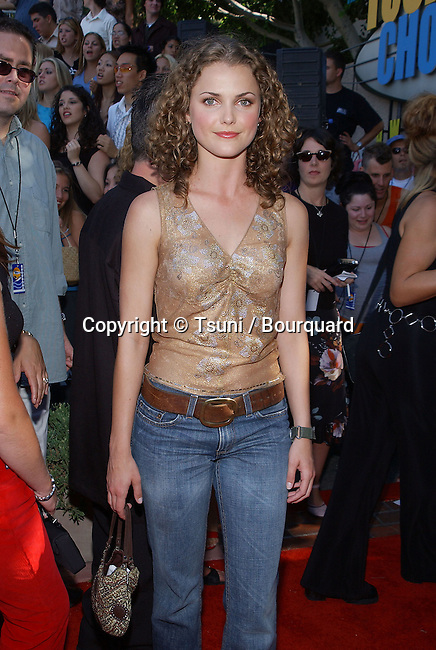 Keri Russell  arriving at the Teen Choice Awards 2001 at Universal Studio Amphitheatre in Los Angeles Sunday August 12, 2001          -            RussellKeri001.jpg