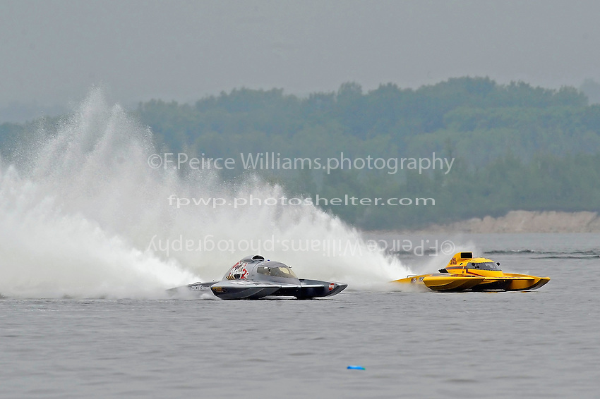 "Pierre Mahaeu, GP-46 ""adf diesel"", Grand Prix class hydroplane & Jimmy Shane, GP-7 ""Long Gone"", Grand Prix class hydroplane.Syracuse Hydrofest, Onondaga Lake, Syracuse, NY.20/21 June, 2009, Dayton, OH USA..©F. Peirce Williams 2009 USA.F.Peirce Williams.photography.ref: RAW (.NEF) File Available"