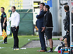 Partick Thistle v St Johnstone&hellip;10.09.16..  Firhill  SPFL<br />A smile from saints manager Tommy Wright and a glum looking Alan Archibald<br />Picture by Graeme Hart.<br />Copyright Perthshire Picture Agency<br />Tel: 01738 623350  Mobile: 07990 594431