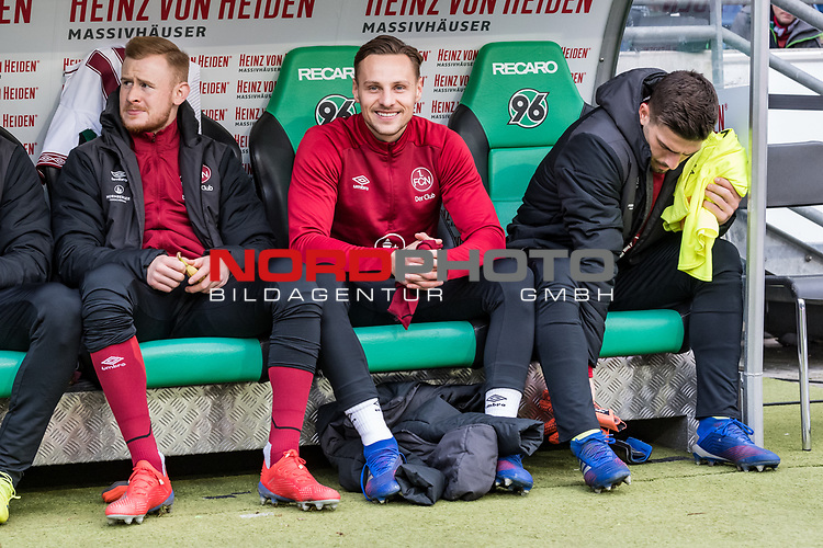 09.02.2019, HDI Arena, Hannover, GER, 1.FBL, Hannover 96 vs 1. FC Nuernberg<br /> <br /> DFL REGULATIONS PROHIBIT ANY USE OF PHOTOGRAPHS AS IMAGE SEQUENCES AND/OR QUASI-VIDEO.<br /> <br /> im Bild / picture shows<br /> Ersatzbank 1. FC N&uuml;rnberg, <br /> Sebastian Kerk (Nuernberg #10), Robert Bauer (Nuernberg #08), Fabian Bredlow (Nuernberg #01), <br /> <br /> Foto &copy; nordphoto / Ewert