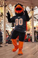 ALBUQUERQUE, NM -DECEMBER 16, 2016: The University of Texas at San Antonio Roadrunner Football Team, The Spirit of San Antonio Marching Band, and UTSA Roadrunner fans celebrate at the Gildan New Mexico Bowl Pep Rally in Old Town Albuquerque. (Photo by Jeff Huehn)