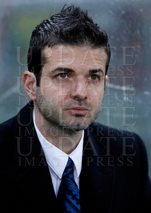Calcio, semifinale di andata di Coppa Italia: Roma vs Inter. Roma, stadio Olimpico, 23 gennaio 2013..FC Inter coach Andrea Stramaccioni looks on during the Italy Cup football semifinal first half match between AS Roma and FC Inter at Rome's Olympic stadium, 23 January 2013..UPDATE IMAGES PRESS/Isabella Bonotto