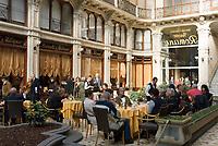 Italien, Piemont, Hauptstadt Turin: Via Cesare Battisti, Arkade, Cafe, Restaurant   Italy, Piedmont, capital Torino: Via Cesare Battisti, cafe, restaurant