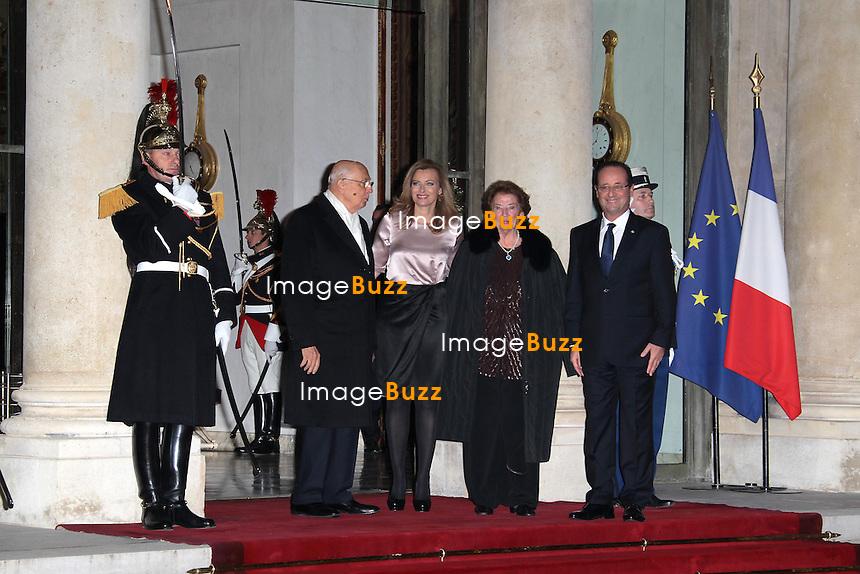 François Hollande et son épouse Valérie Trierweiler, Dîner d'Etat avec son Excellence M. Giorgio Napolitano, Président de la République italienne. Paris - France, 21 novembre 2012.