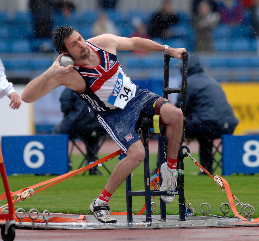 Photo: Richard Lane..VISA Paralympic World Cup 2007. Athletics. 13/05/2007. .Daniel West of Great Britain in the men's F52-58 shot put.