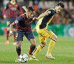 FC Barcelona's Neymar Santos Jr (l) and Atletico de Madrid's David Villa during Champions League 2013/2014 match.April 1,2014. (ALTERPHOTOS/Acero)