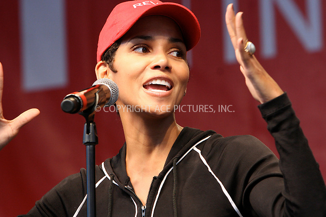 WWW.ACEPIXS.COM . . . . .  ....May 1 2010, New York City....Halle Berry at the 13th Annual EIF Revlon Run/Walk For Women in Manhattan on May 1, 2010 in New York City.....Please byline: NANCY RIVERA- ACEPIXS.COM.... *** ***..Ace Pictures, Inc:  ..Tel: 646 769 0430..e-mail: info@acepixs.com..web: http://www.acepixs.com