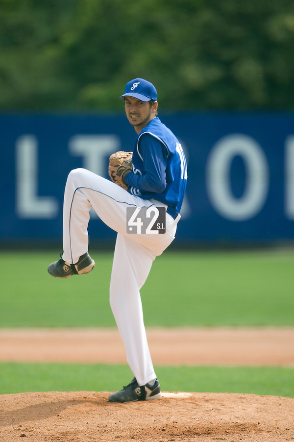 BASEBALL - GREEN ROLLER PARK - PRAGUE (CZECH REPUBLIC) - 27/06/2008 - PHOTO: CHRISTOPHE ELISE.PITCHER SAMUEL MEURANT (TEAM FRANCE)