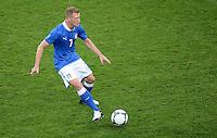 FUSSBALL  EUROPAMEISTERSCHAFT 2012   VORRUNDE Italien - Irland                       18.06.2012 Ignazio Abate (Italien) Einzelaktion am Ball