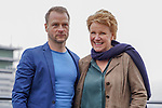 """15. 01.2019, Hotel im Wasserturm, Kaygasse 2, Koeln,  GER, Pressefototermin ZDF 25. Film Krimireihe Marie Brand, """"und das Spiel mit dem Glueck"""", <br /> <br /> im Bild / picture shows: <br /> Hinnerk Schönemann / Schoenemann Schauspieler und Assistent von Marie Brand, Mariele Millowitsch Schauspielerin und Hauptdarstellerin in der Serie """"Marie Brand"""",  <br /> Foto © nordphoto / Meuter"""
