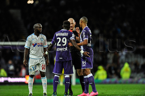 23.09.2015. Toulouse, France. French League 1 football. Toulouse versus Marseille.  Referee shows the red card to Jacques Moubandje (tfc)