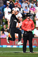 Blackcaps Trent Boult during the 4th ODI Blackcaps v England. University Oval, Dunedin, New Zealand. Wednesday 7 March 2018. ©Copyright Photo: Chris Symes / www.photosport.nz