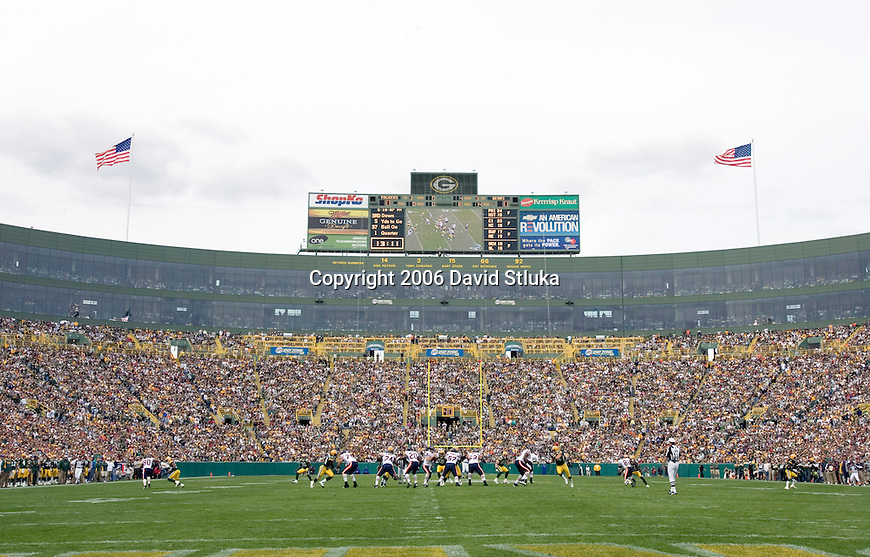A general view of Lambeau Field during the Green Bay Packers game during an NFL football game against the Chicago Bears on September 10, 2006 in Green Bay, Wisconsin. The Bears beat the Packers 26-0. (Photo by David Stluka)