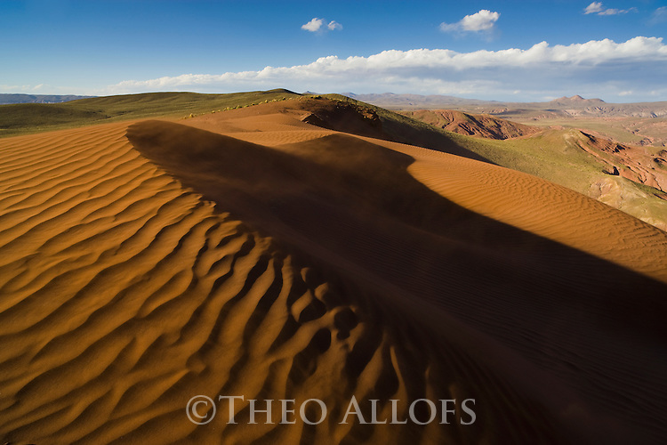 Bolivia, Altiplano, high desert with sand dunes and badlands west of Tupiza