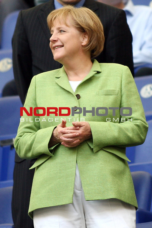 UEFA Euro 2008 Test - Deutschland (GER) vs. Serbien ( SRB ) 2 - 1 am 31.05.2008 in Gelsenkirchen - Auf Schalke<br /> Freundschaftsspiel - Friendlymatch<br /> <br /> Bundeskanzlerin Angela Merkel.<br /> <br /> Foto &copy; nph (  nordphoto  ) *** Local Caption ***