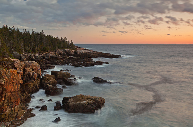 View of the coastline from the Raven's Nest on the Schoodic Peninsula at Acadia National Park, Maine, USA