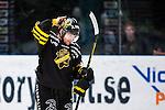 Stockholm 2014-01-18 Ishockey SHL AIK - F&auml;rjestads BK :  <br /> AIK:s Derek Joslin deppar<br /> (Foto: Kenta J&ouml;nsson) Nyckelord:  depp besviken besvikelse sorg ledsen deppig nedst&auml;md uppgiven sad disappointment disappointed dejected portr&auml;tt portrait