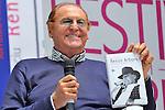 (KIKA) - TORINO - 17/05/2013 A Torino si tiene il 26° Salone del Libro con esposizioni, dibattiti e grandi ospiti, al salone del Lingotto. Renzo Arbore