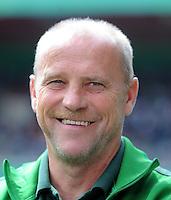 FUSSBALL   DFB POKAL   SAISON 2011/2012  1. Hauptrunde FC Heidenheim - Werder Bremen              30.07.2011 Trainer Thomas Schaaf (SV Werder Bremen)