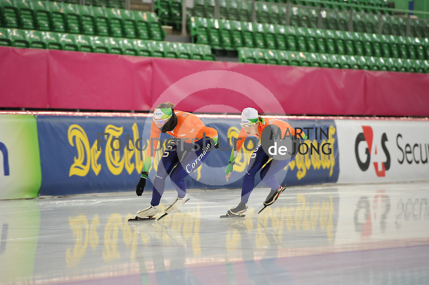 SCHAATSEN: HAMAR: Vikingskipet, 15-02-2013, Essent ISU WK allround, Season 2012-2013, Training, Marije Joling (NED), Marrit Leenstra (NED), ©foto Martin de Jong