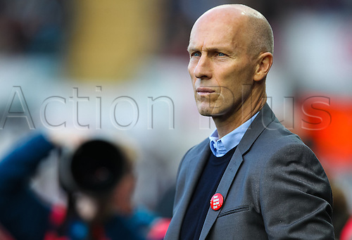 22.10.2016. Liberty Stadium, Swansea, Wales. Premier League Football. Swansea versus Watford. Swansea City's new Manager Bob Bradley before kick off