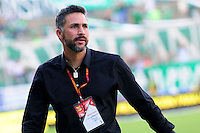 CALI - COLOMBIA -07-08-2016: Mario A Yepes, técnico de Deportivo Cali, durante partido entre Deportivo Cali y Deportivo Independiente Medellin, por la fecha 7 de la Liga Aguila II-2016, jugado en el estadio Deportivo Cali (Palmaseca) de la ciudad de Cali. / Mario A Yepes, coach of Deportivo Cali, photo during a match between Deportivo Cali and Deportivo Independiente Medellin, for the date 7 for the Liga Aguila II-2016 at the Deportivo Cali (Palmaseca) stadium in Cali city. Photo: VizzorImage  / Nelson Rios / Cont.