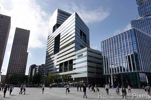 Nederland Amsterdam - 2018 . Kantoren op de Zuidas. De Ito toren. Foto Berlinda van Dam / Hollandse Hoogte Beelddatum 09-05-2018