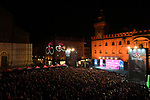 The Teams Presentation held in Piazza Maggiore Bologna before the start of the 2019 Giro d'Italia, Bologna, Italy. 9th May 2019.<br /> Picture: Massimo Paolone/LaPresse | Cyclefile<br /> <br /> All photos usage must carry mandatory copyright credit (&copy; Cyclefile | Massimo Paolone/LaPresse)