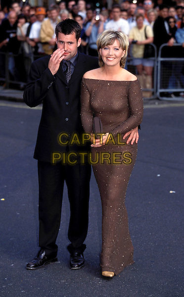 KIRSTY YOUNG..Ref: 7429 ..shoulders, brown sparkly, newsreader, full length..www.capitalpictures.com..sales@capitalpictures.com..(LIB004)