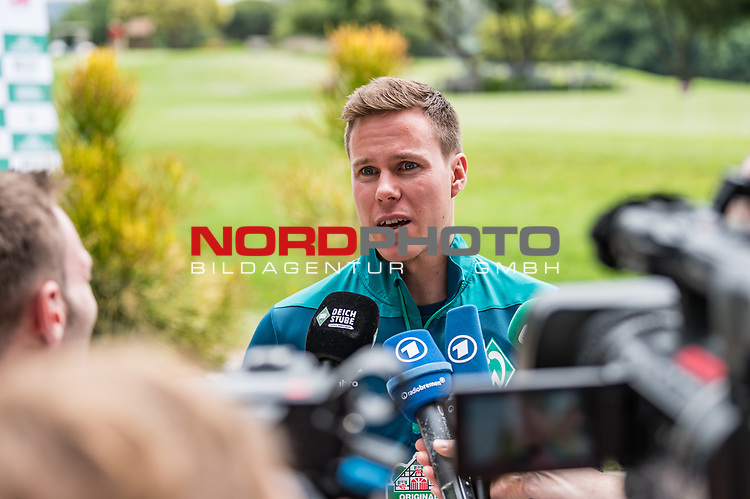 04.01.2019, The Fairway Hotel, Johannesburg, RSA, TL Werder Bremen Johannesburg Tag 02<br /> <br /> im Bild / picture shows <br /> Niklas Moisander (Werder Bremen #18) bei Mixed Zone / Pressetermin w&auml;hrend Wintertrainingslager in S&uuml;dafrika, <br /> <br /> Foto &copy; nordphoto / Ewert