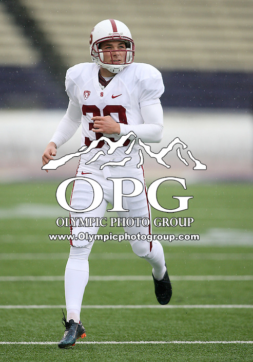 Oct 30, 20010:  Stanford kicker #39 Nate Whitaker warms up before the game against Washington.  Stanford defeated Washington 41-0 at Husky Stadium in Seattle, Washington.  ..
