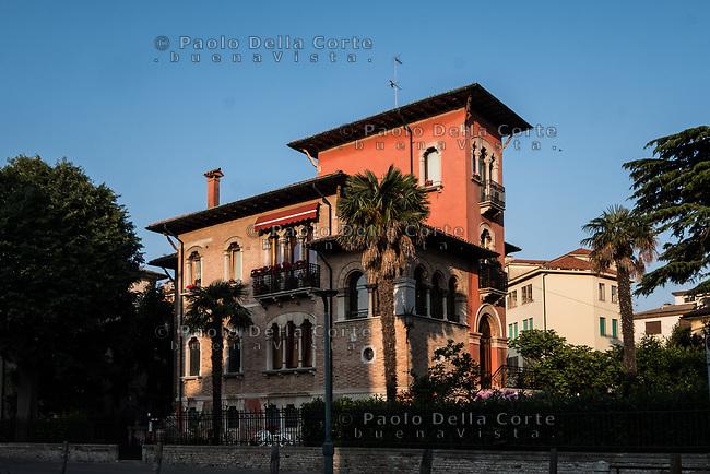Venezia - Il Lido. Itinerario Liberty. Villa Klinger via Orso Partecipazio 24.