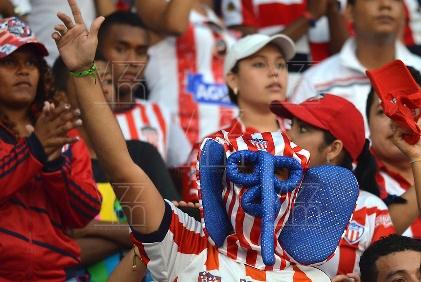 BARRANQUIILLA -COLOMBIA-18-05-2014. Hinchas del Atletico Junior durante partido  contra el Atletico Nacional partido valido por la final de la Liga Postob—n 2014-1 jugado en el estadio Metropolitano Roberto Melendez de la ciudad de Barranquilla./ Atletico Junior fans during the game against Atletico Nacional valid match for the end of the 2014-1 League Postob—n played in Metropolitan Stadium Roberto Melendez in Barranquilla.  Photo: VizzorImage / Alfonso Cervantes / STR.