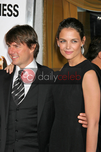 Tom Cruise and Katie Holmes<br />at the premiere of &quot;The Pursuit of Happyness&quot;. Mann Village Theatre, Westwood, CA. 12-07-06<br />Dave Edwards/DailyCeleb.com 818-249-4998