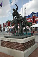 NCAA Baseball, Rosenblatt Stadium, College World Series, The Road to Omaha Statue. Photo by Andrew Woolley / Four Seam Images..