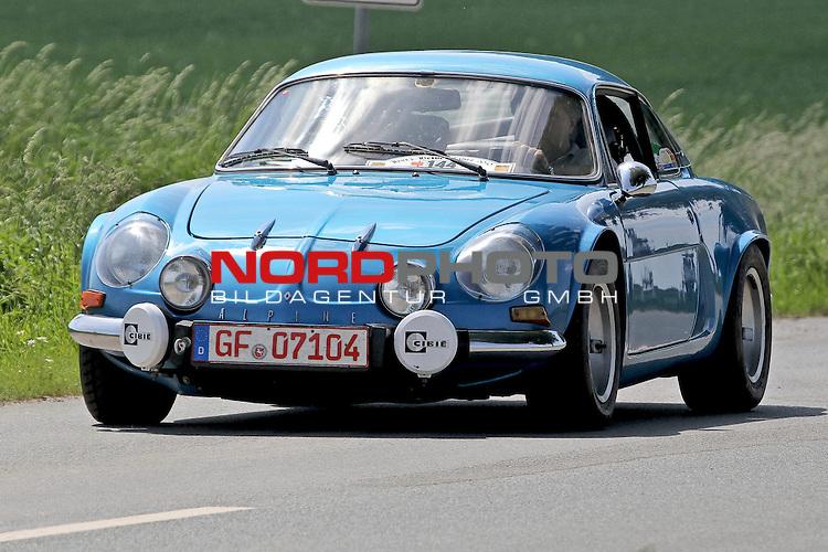Aus Harz- Heide -Fahrt fuer Odtimer am 06. 06 .2010 -hier bei Hildesheim. Im Foto: Renault Alpine 10 SX Bj. 1977 <br /> <br /> <br /> Foto: &copy; nph / Rust<br />  *** Local Caption *** Fotos sind ohne vorherigen schriftliche Zustimmung ausschliesslich f&uuml;r redaktionelle Publikationszwecke zu verwenden.<br /> <br /> Auf Anfrage in hoeherer Qualitaet/Aufloesung