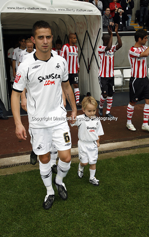 Pictured: Ferrie Bodde of Swansea City <br />