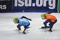 SHORTTRACK: DORDRECHT: Sportboulevard Dordrecht, 23-01-2015, ISU EK Shorttrack, Victor AN (RUS | #60), Daan BREEUWSMA (NED | #49), ©foto Martin de Jong