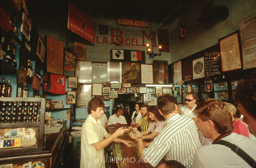 CUBA, COJIMAR/HAVANA..La Bodeguita del Medio (B del M), Ernest Hemingway's favourite bar for Mojito..(Photo by Heimo Aga)