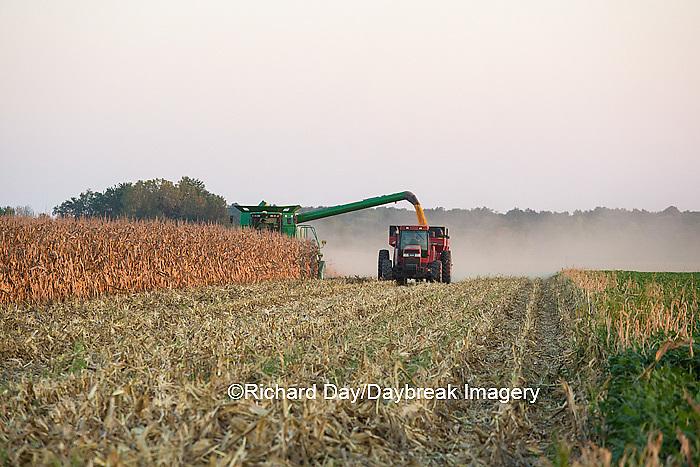 63801-07001 Farmer harvesting corn, Marion Co., IL